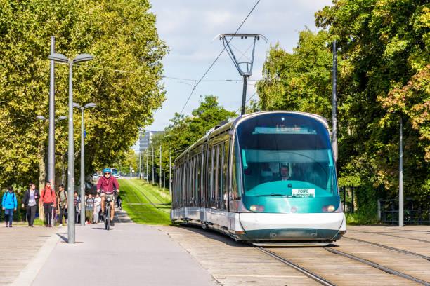Un tramway à Strasbourg, France. - Photo