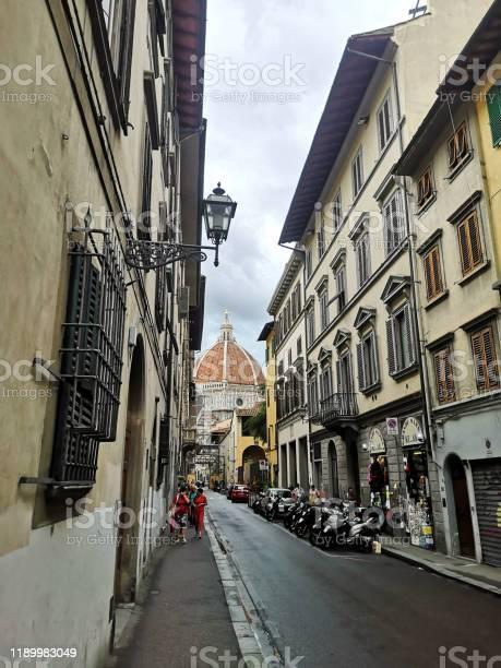 Streets of florence tuscany picture id1189983049?b=1&k=6&m=1189983049&s=612x612&h=kjgystpkuah4qjascplkupjv7mwwjhhwe3y2lqymdg4=