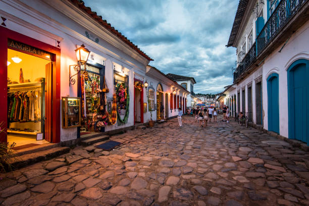 Streets of Paraty Old Town in the Evening – Foto