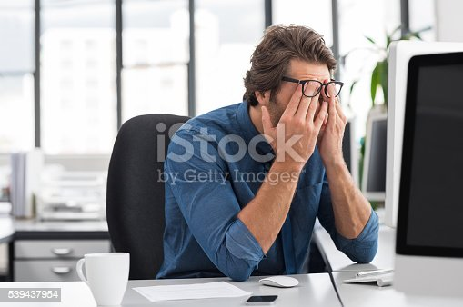 istock Stressed young businessman 539437954