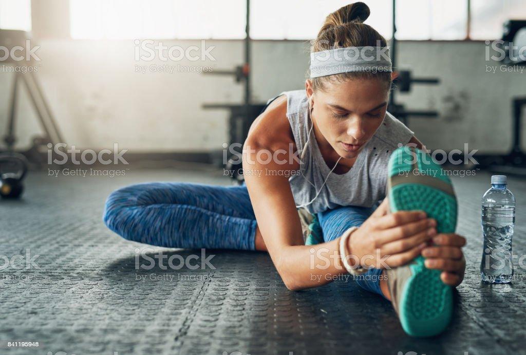 Esticando as pernas à perfeição - foto de acervo