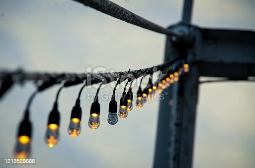 Depth lights on bridge