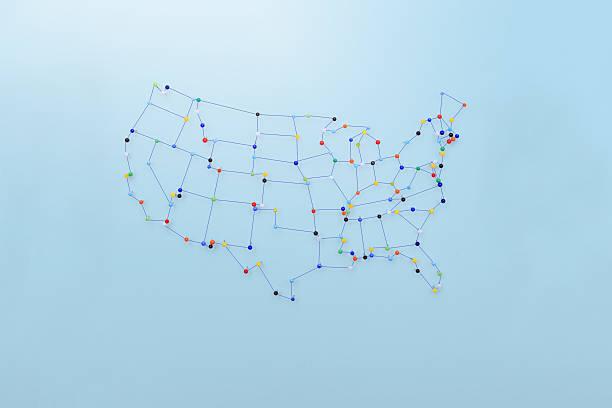 strings und pins die karte der vereinigten staaten - revierverhalten stock-fotos und bilder