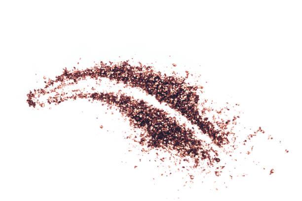hub von glitter lidschatten - lila augen make up stock-fotos und bilder