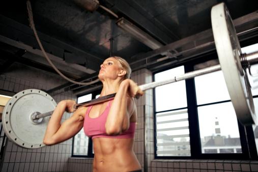 Fuerte Bodybuilding Hembra Foto de stock y más banco de imágenes de 20 a 29 años