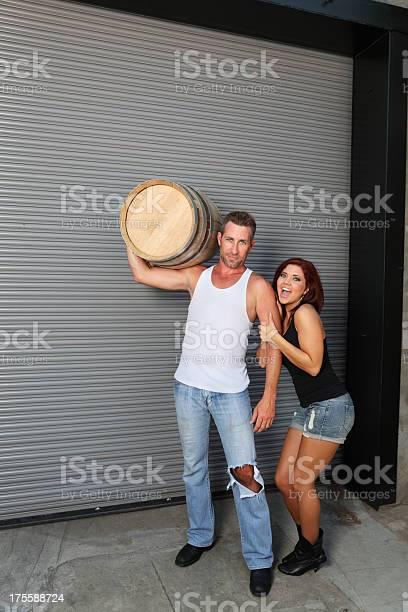 Frau trägt mann starke Fk krasnodar