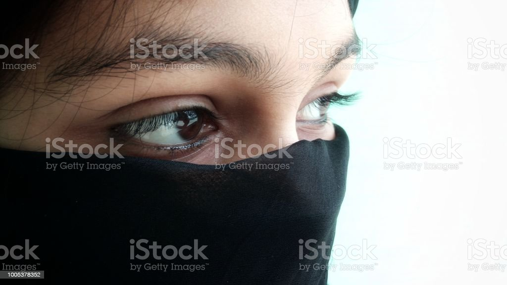 Starke Gefühle, halbe Gesicht Nahaufnahme, in der burka – Foto