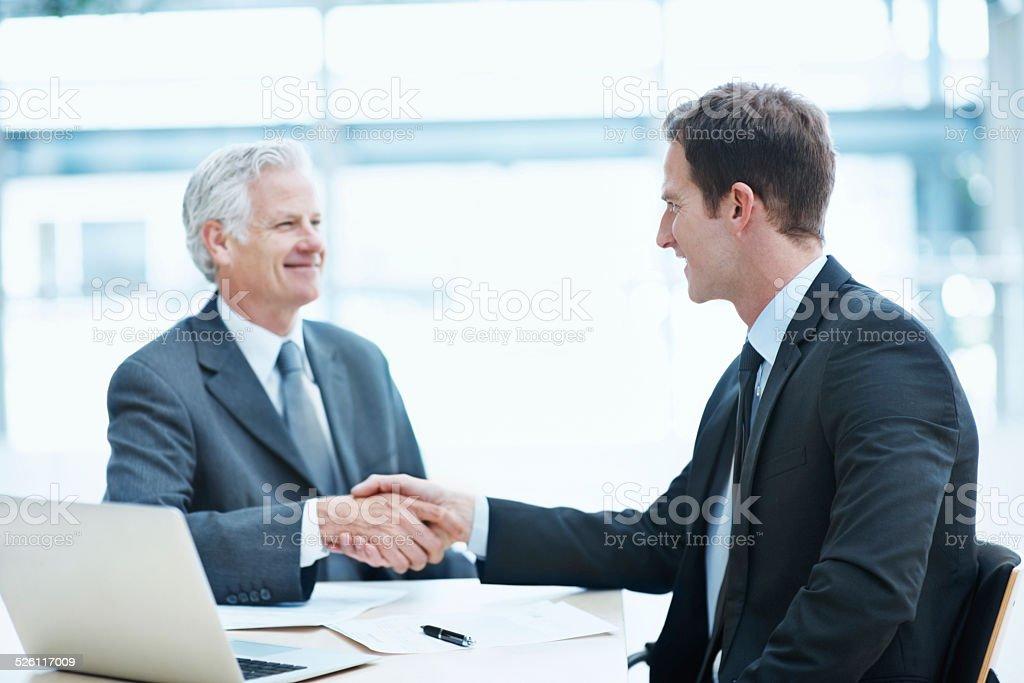 Starke Hände schütteln, starken Arbeitsmoral - Lizenzfrei Abmachung Stock-Foto