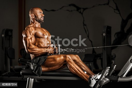 istock Strong man on GYM 628087314