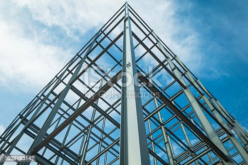 building structures made of steel Consisting of strength By placing towering high into the sky.