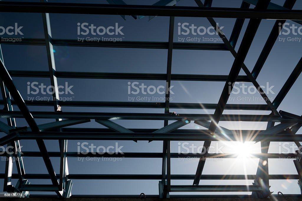 La Estructura De Acero En El último Piso - Stock Foto e Imagen de ...