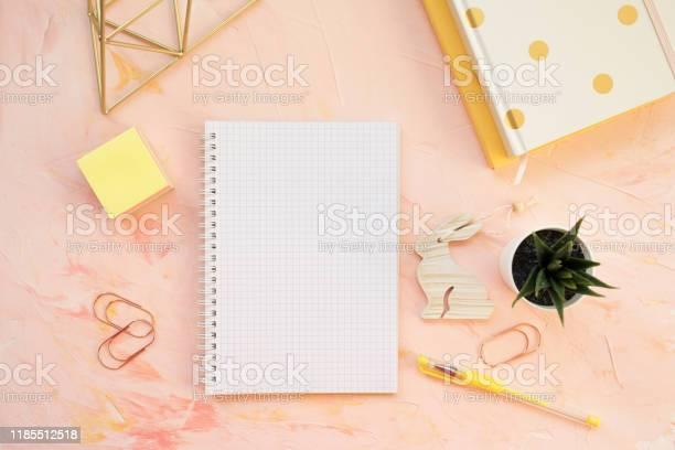Student desk workspace flat lay top view header template picture id1185512518?b=1&k=6&m=1185512518&s=612x612&h=fnehcu0xth4nexqprb6wilmcnz i0lik28r26hnepqk=