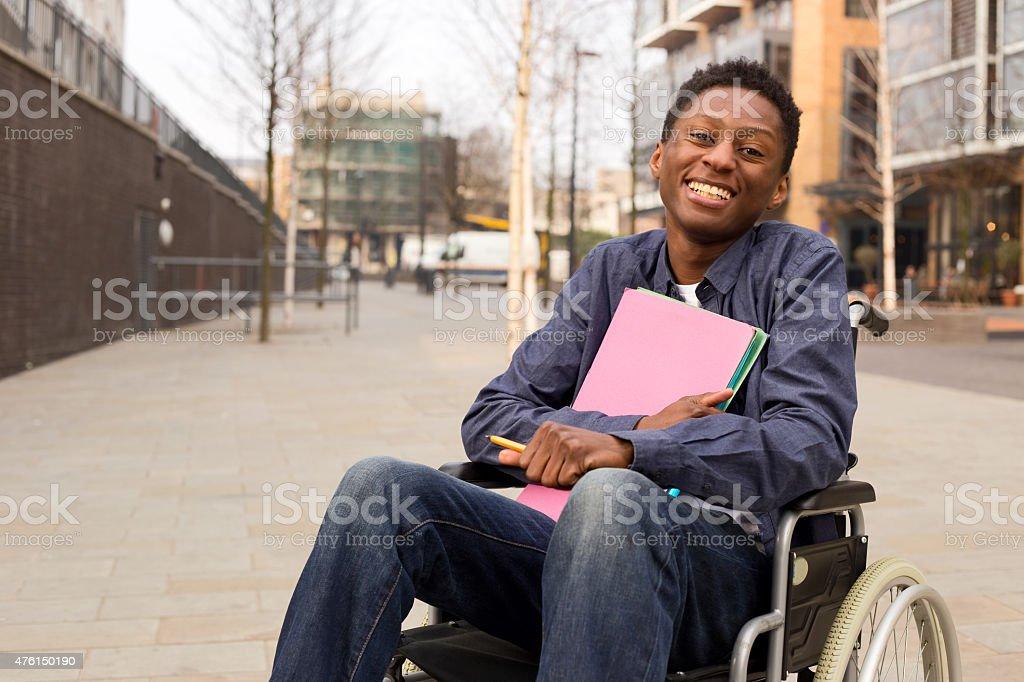 student im Rollstuhl – Foto