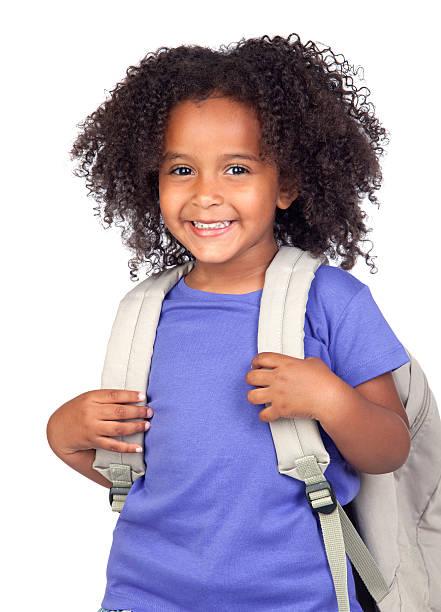 student kleines mädchen mit schönen frisur - liebeskind umhängetasche stock-fotos und bilder