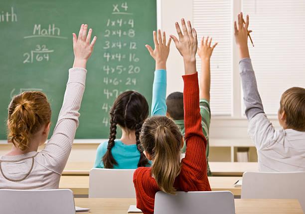 学生先生質問への回答 - 数学の授業 ストックフォトと画像