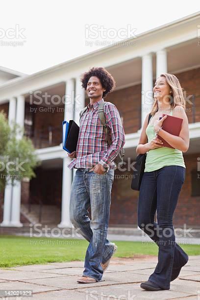Students laughing together on campus picture id142021329?b=1&k=6&m=142021329&s=612x612&h=1etywhroqisjz0pmwwda i89jdejmtlaxbfjp6hmsdu=