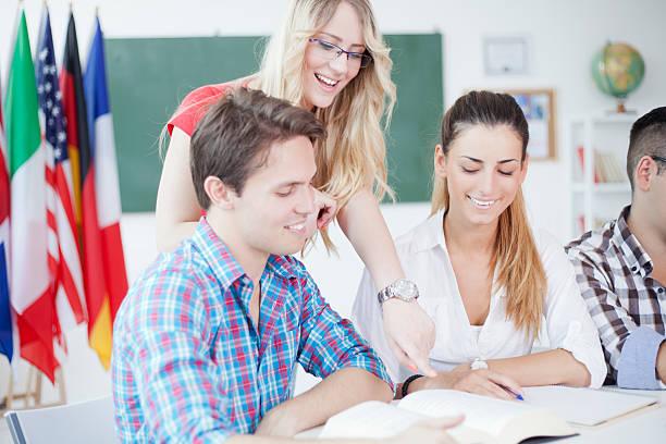 studenten - studieren in deutschland stock-fotos und bilder