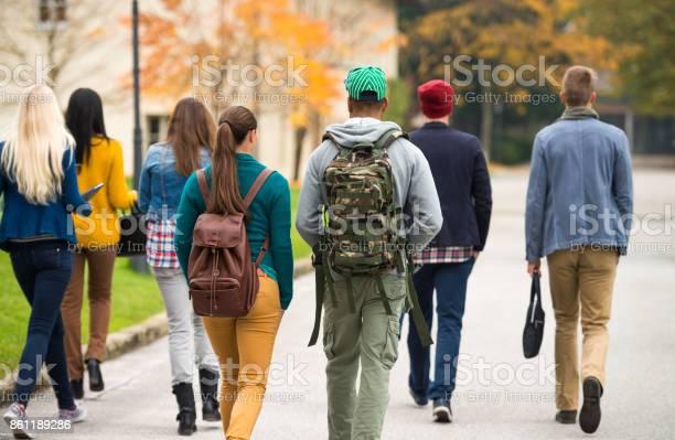 Students walking through the park picture id861189286?b=1&k=6&m=861189286&s=612x612&h=wmt hwoivyyj7ysjatbz311gi vmgkykclfk2t1vjus=