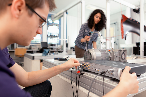 students working vibration technology