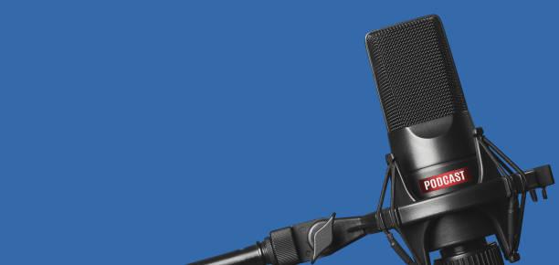 studio microfoon voor het opnemen van podcasts - podcast stockfoto's en -beelden