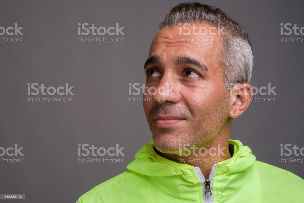 Grau Bild: Graue Haare Mit 35 Mann