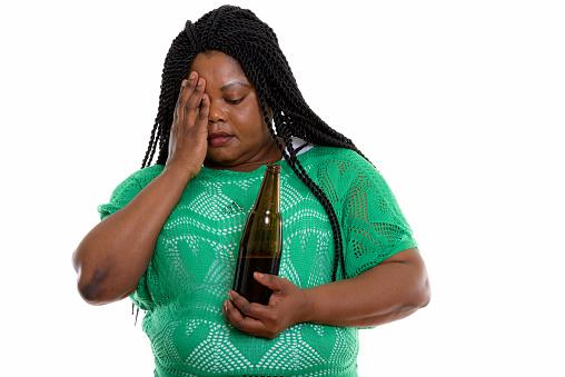 Studioaufnahme Von Fette Schwarze Afrikanische Frau Die