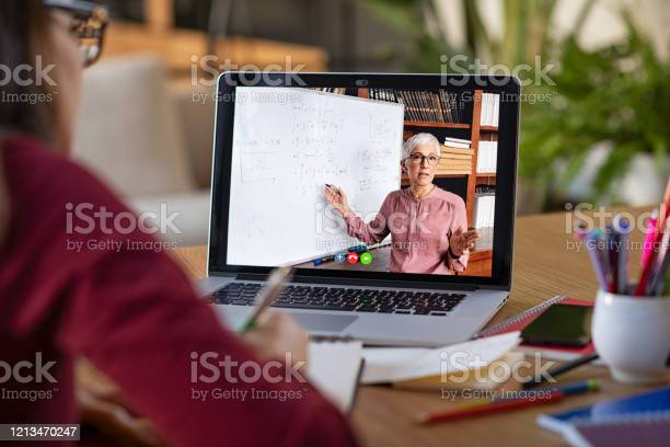 Studying with video online lesson at home picture id1213470247?b=1&k=6&m=1213470247&s=612x612&h=5vqncuun70zrhnrmyajkp6p6trl1uxgokbihnkvcxy8=