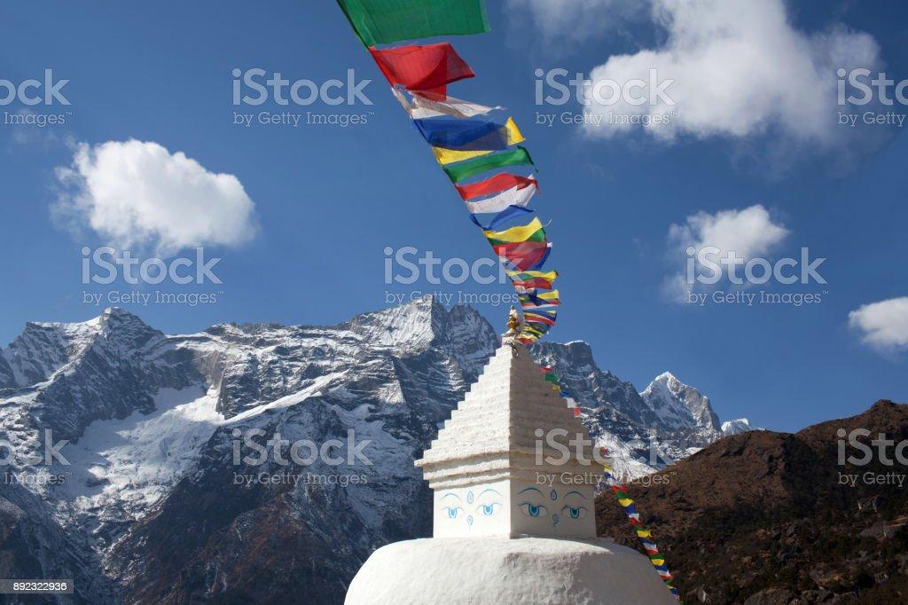 Stupa on the way to Everest base camp, Nepal Himalaya stock photo