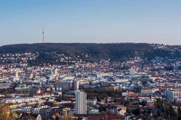 Stuttgarter Stadtbild Landschaft Hauptstadt Stadt Baden Württemberg Tag Nacht Himmel Gebäude weit TV Tower Hills Kessel – Foto