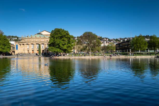 Oper Stuttgart und Parlament Baden-Württemberg – Foto