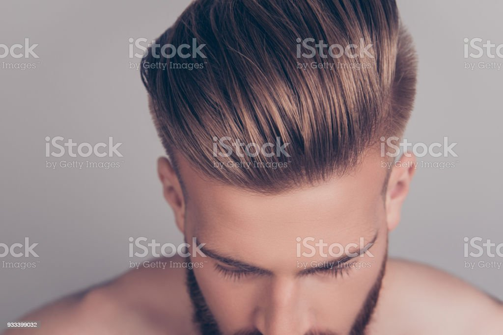 Style stylish therapy treatment problem concept. Cropped top above close up view photo of clean clear shiny with gel wax lotion perfect ideal groomed neat hair isolated on gray background - foto stock