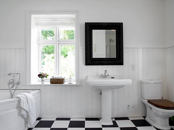 elegante bagno - bacinella metallica foto e immagini stock