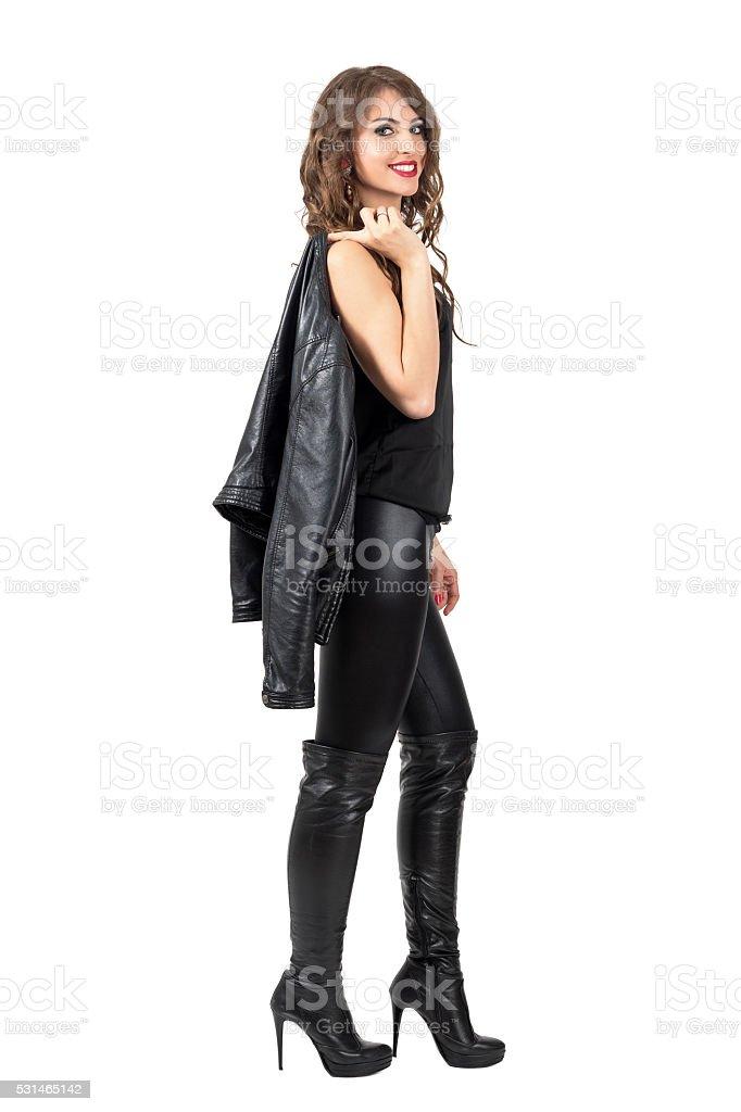 lederjacke tragen