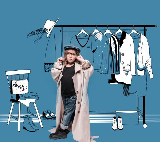 stijlvolle meisje het kiezen van kleding - sleeping illustration stockfoto's en -beelden
