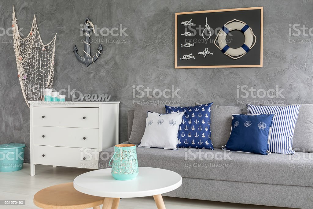 Stylish grey living room photo libre de droits