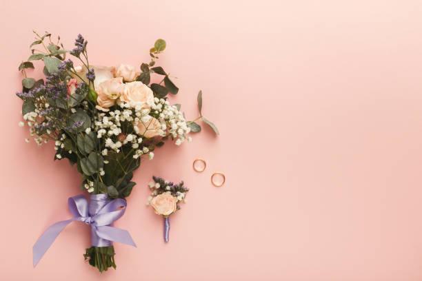 stilvolle hochzeit bouquet, ansicht von oben - tischdeko goldene hochzeit stock-fotos und bilder