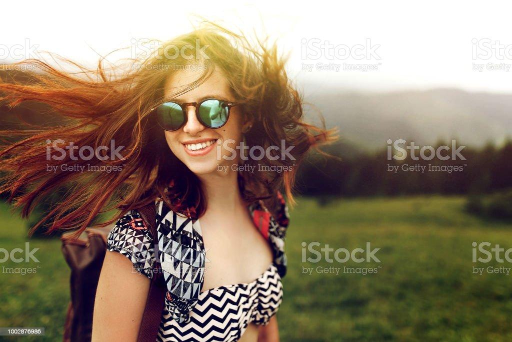 Moda De Pelo Mujer Gafas Viajero Sol Con Ventoso Y Estilo SzLqMGUjpV