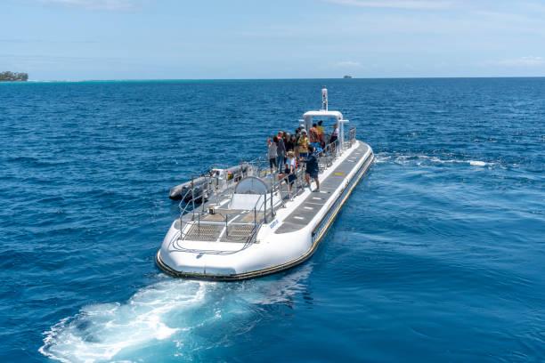 Submarine off Waikiki - foto stock