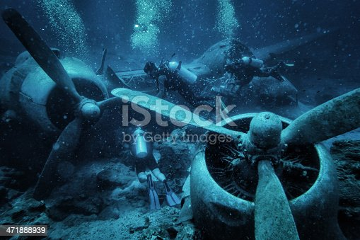 istock Submerged And Ruined Propeller Plane in Aegean Sea, Bodrum, Turkey 471888939