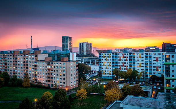 vorort bei sonnenuntergang - bratislava hotel stock-fotos und bilder