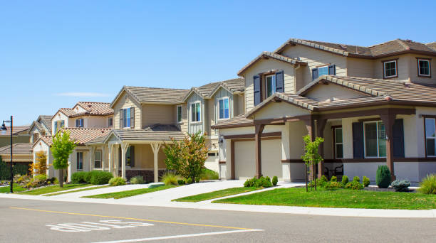 Suburban Homes New Homes in Northern California house stock pictures, royalty-free photos & images