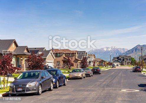 176823773 istock photo Suburban street in Utah 1151831625