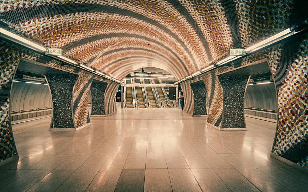 Subway Station in Budapest, Hungary圖像檔