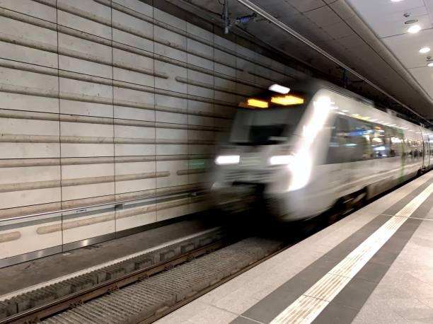 U-bahn-station – Foto