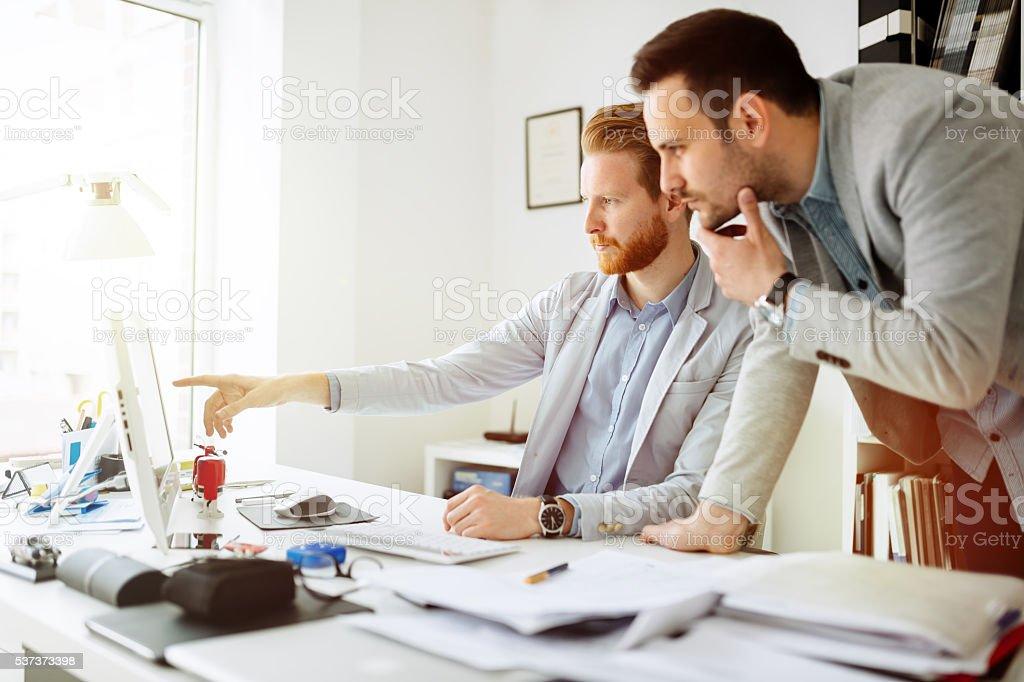 brainstormin Erfolgreiche Unternehmen Partner – Foto