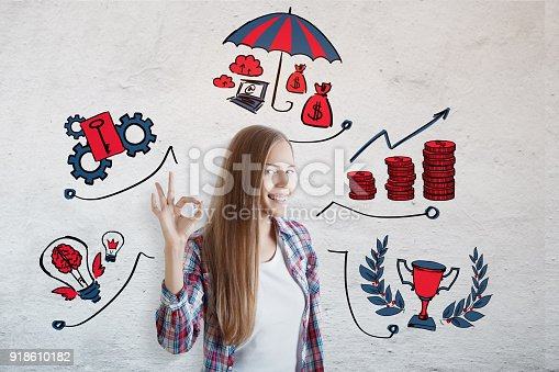 855515858 istock photo Success and education concept 918610182