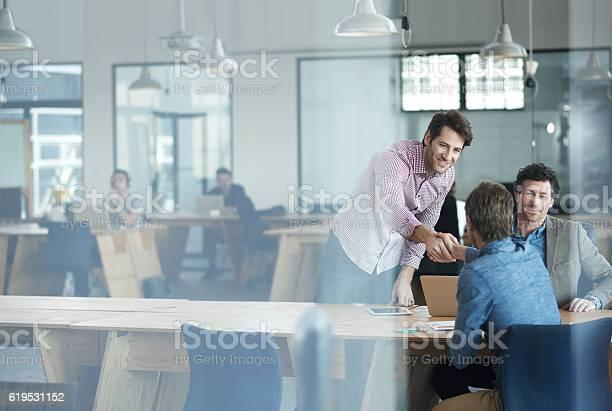 Erfolg Passiert Wenn Ein Team Zusammenkommt Stockfoto und mehr Bilder von Geschäftsleben