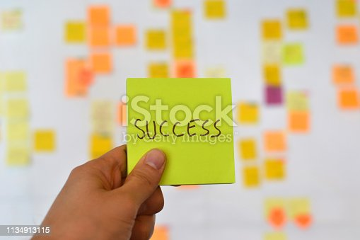 istock Success sticky note, agile development 1134913115