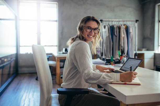 Erfolgreicher Online-Shop-Inhaber – Foto