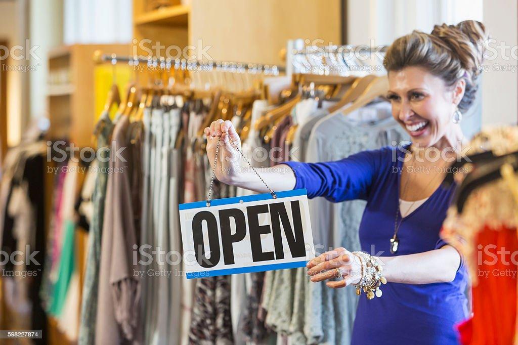 Sucesso de pequenas empresas proprietário da boutique foto royalty-free